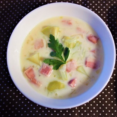 コールラビのホワイトソース煮